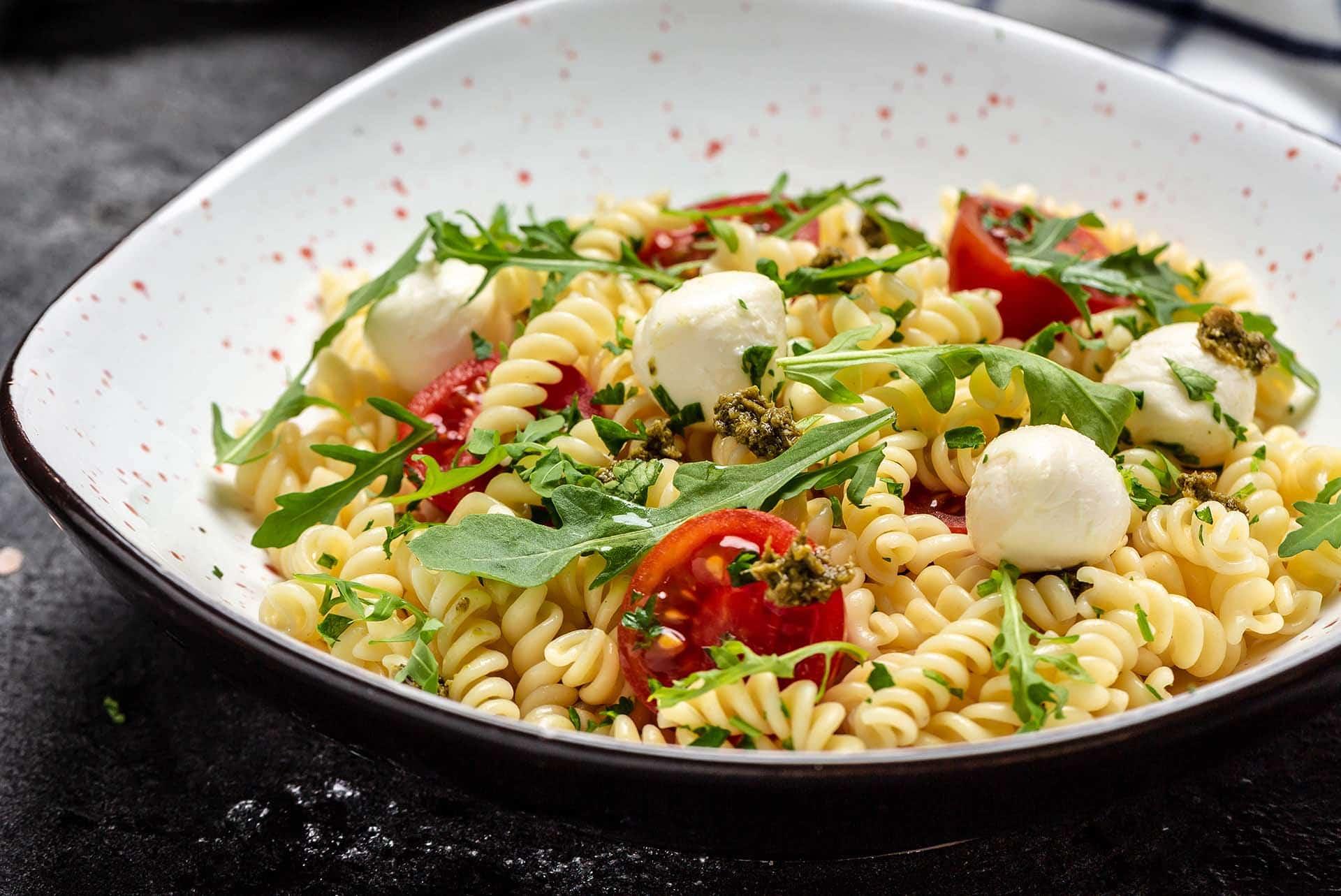 Caprese Makarna Salatası Tarifi