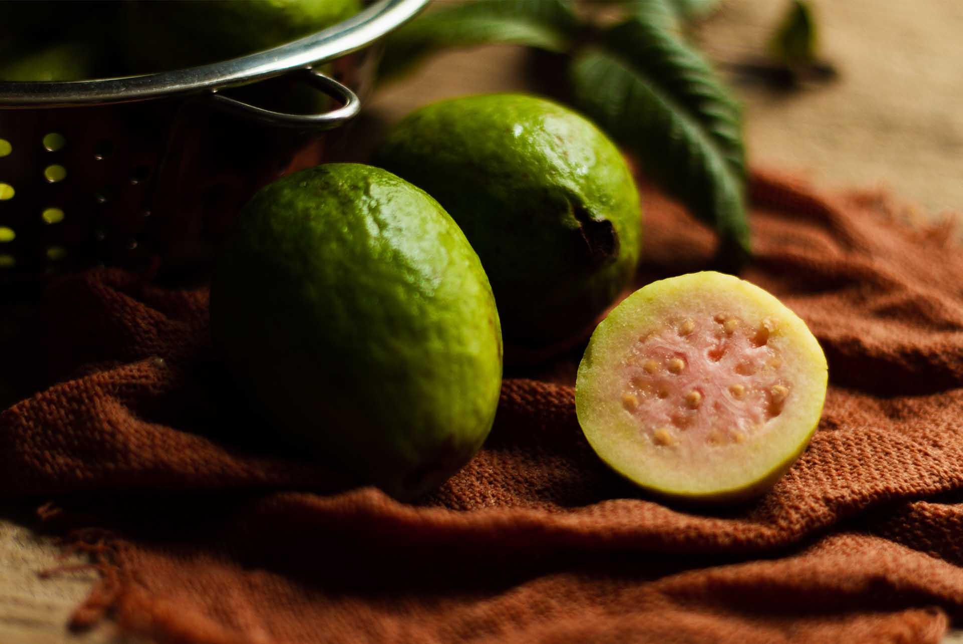 Guava Meyvesine Dair Bilinmesi Gereken Her Şey
