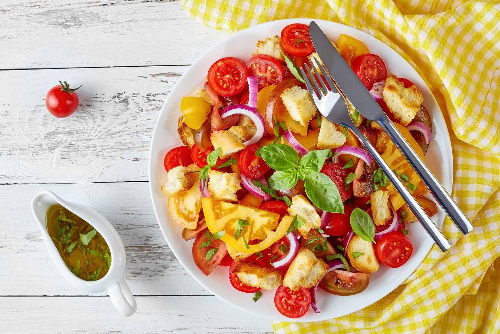 Panzanella Salatası Tarifi