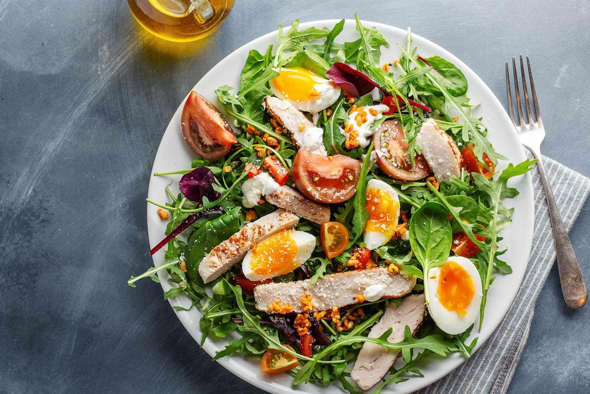 Salataya Protein Eklemenin 17 Yolu