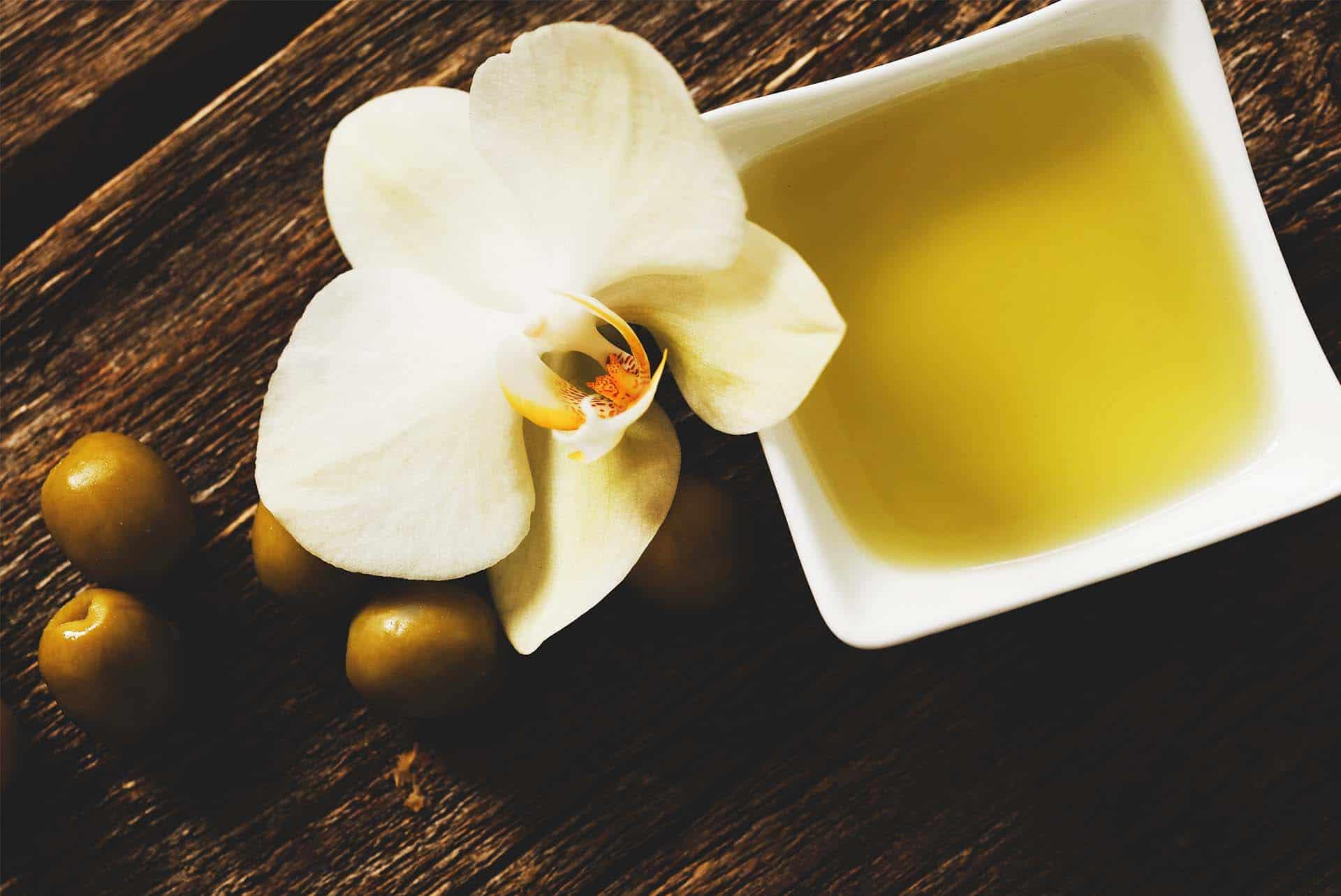 Vanilya Yağı Nedir? Nerelerde Kullanılır?